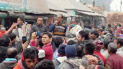 অটোভ্যান চালক হত্যার প্রতিবাদে গোবিন্দগঞ্জে বিক্ষোভ