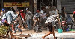 মিয়ানমারে নিরাপত্তা বাহিনীর গুলিতে আরো ৯ জন নিহত