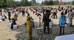 দুমকিতে হতদরিদ্রদের ঈদ সামগ্রী দিলো সেনাবাহিনী